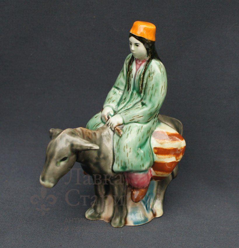 Статуэтка «Туркменка на ослике»