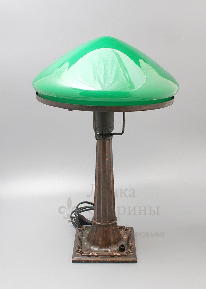 купить настольную лампу в спальню
